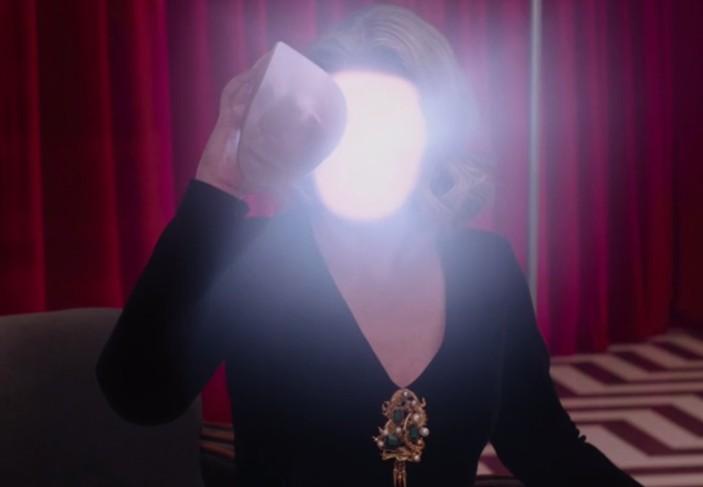 twin-peaks-laura-light
